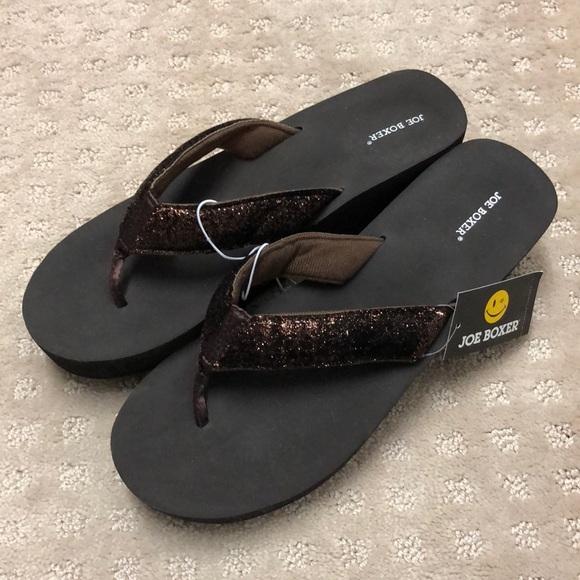 997f71b4969b27 Brown sandals. NWT. Joe Boxer